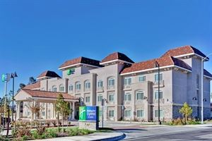 Holiday Inn Express & Suites Banning