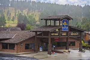 Best Western - Golden Spike Inn & Suites