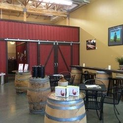 Smasne Cellars Tasting Room
