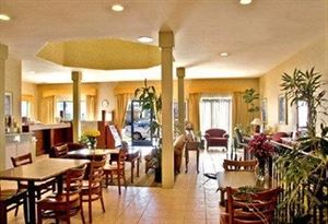 Best Western - Royal Palace Inn & Suites