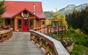 Alaska's Tutka Bay Wilderness Lodge