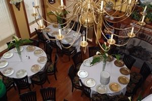 Five Bridge Inn Bed & Breakfast - Rehoboth